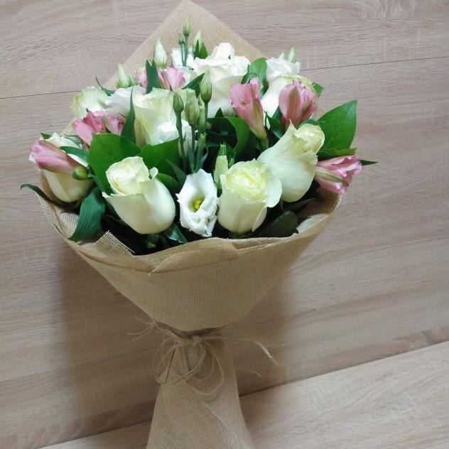 Замечательный букет цветов